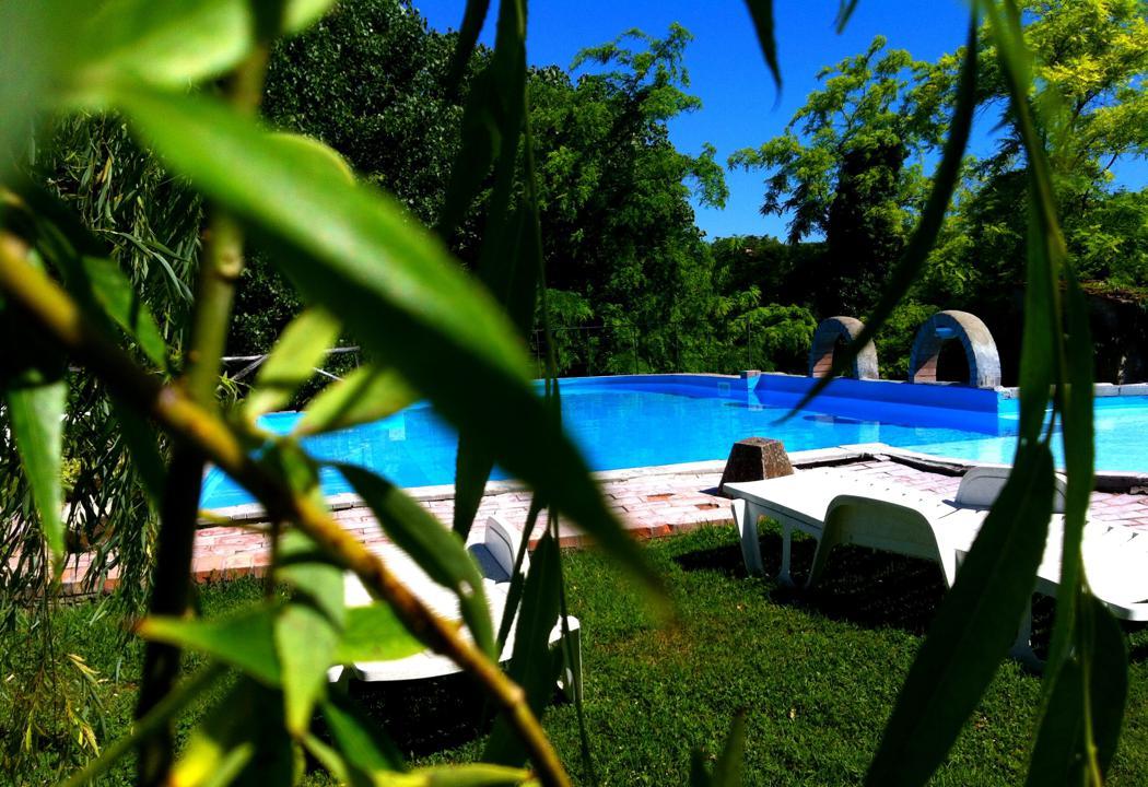 Agriturismo Lupinaio tuin en zwembad Toscaanse kust Casamia vakantie onder de italiaanse zon-00
